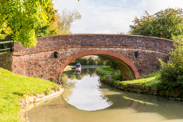 Morning view bridge over canal England United Kingdom Morning view bridge over canal England United Kingdom. avon colorado stock pictures, royalty-free photos & images