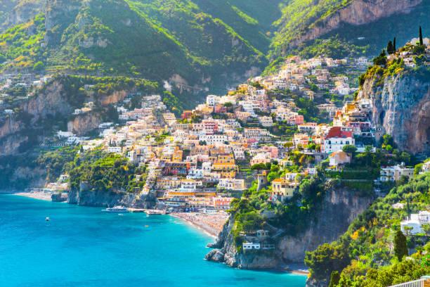 morning view of positano cityscape, italy - milan fiorentina foto e immagini stock