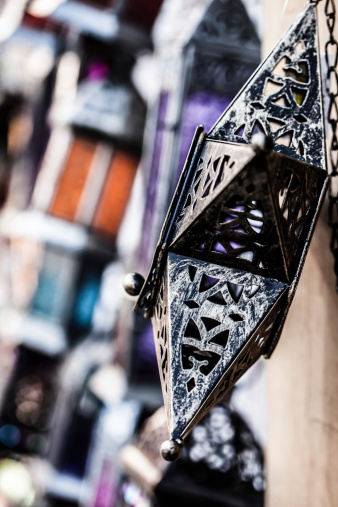 994119256 istock photo Moroccan glass and metal lanterns lamps in Marrakesh souq 177737551