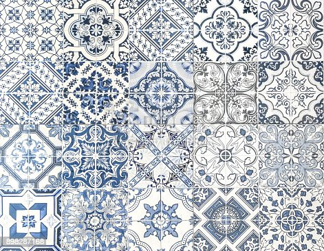 Moroccan tile seamless textured