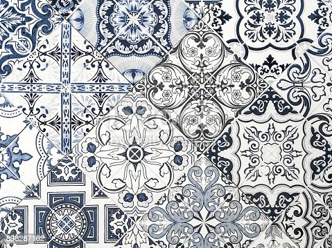 istock Moroccan vintage tile pattern 898287162