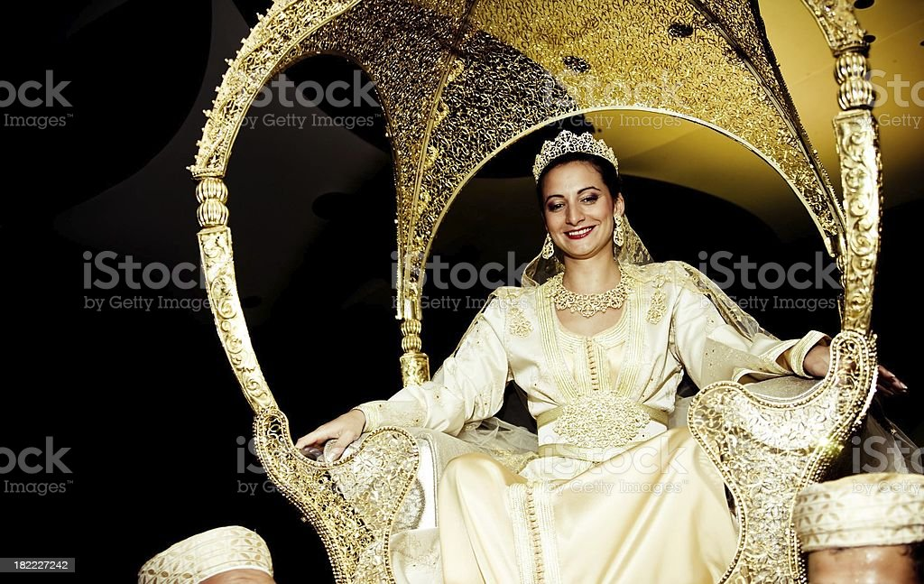 Matrimonio In Morocco : Moroccan wedding bride on the throne haamaria stock photo
