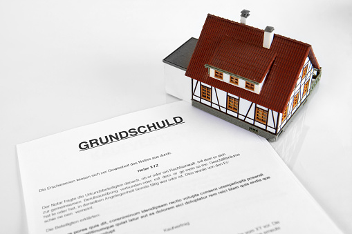 626187670 istock photo Mortgage Contract - The German Word