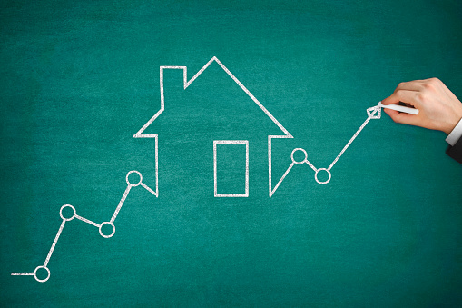 831745600 istock photo Mortgage Graph with Ascending Price Arrow 1262964349