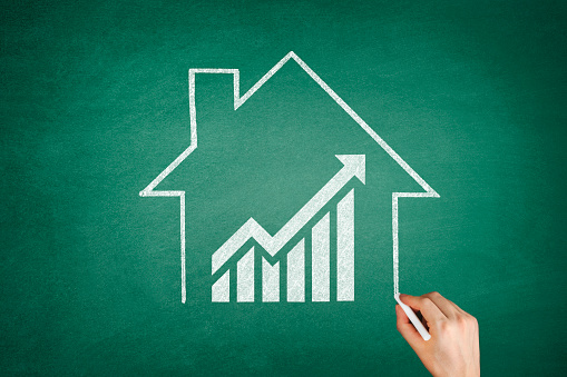 831745600 istock photo Mortgage Graph with Ascending Price Arrow 1267495769