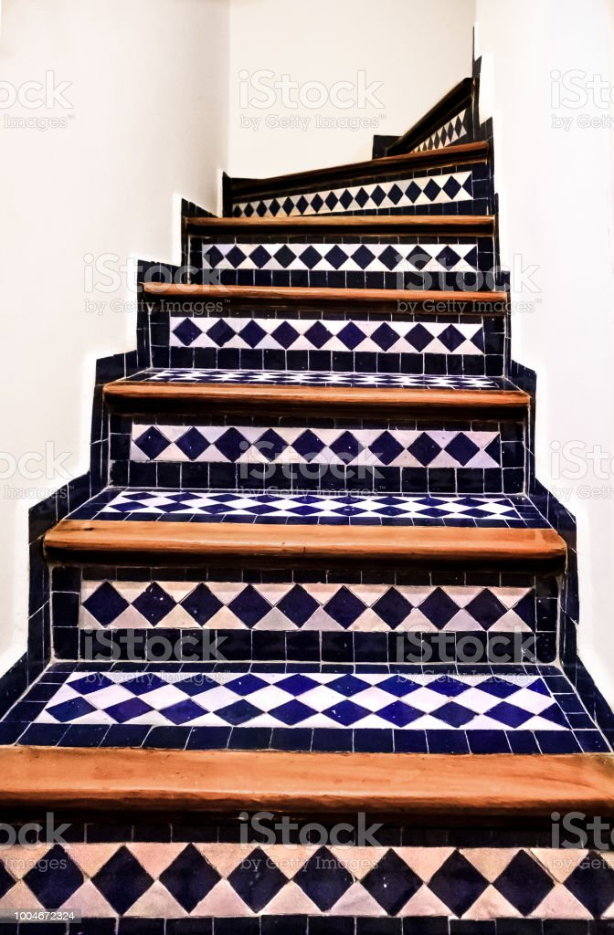 Carrelage Escalier Maroc | Venus Et Judes