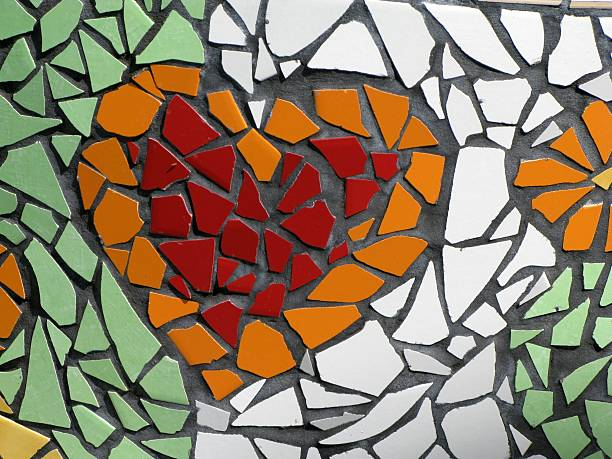 mosaic of a red and orange heart on green and white tile - 馬賽克 個照片及圖片檔