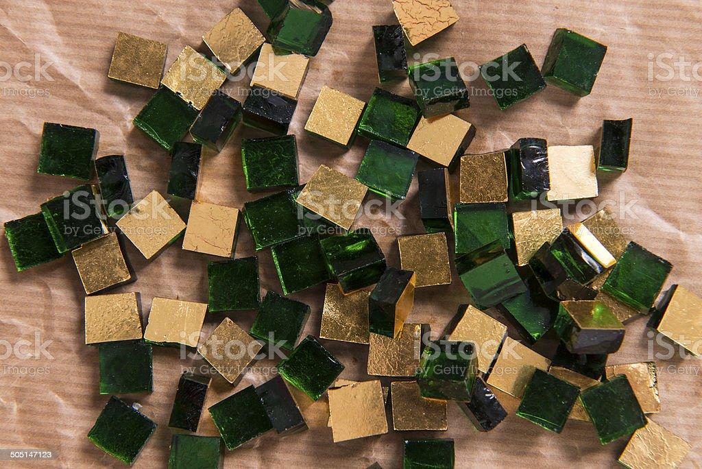 Mosaico vetro oro e verde fotografie stock e altre immagini di