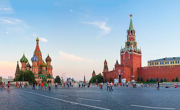 Cтоковое фото , Москва Кремль Спасская башня и Собор Василия Блаженного