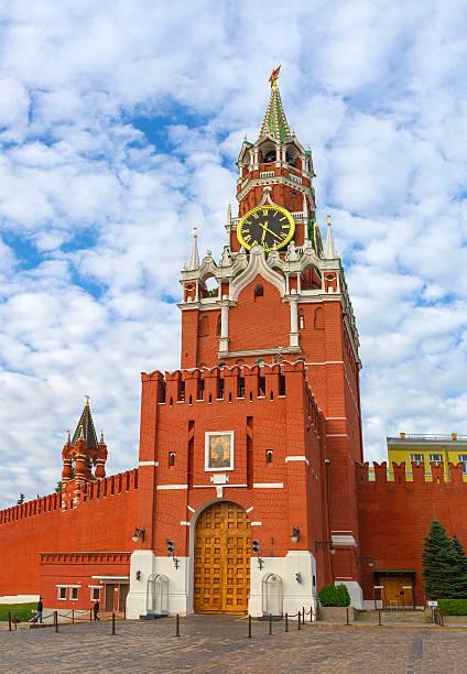 Cтоковое фото , Москва Кремль Спасская башня на рассвете, Красная площадь