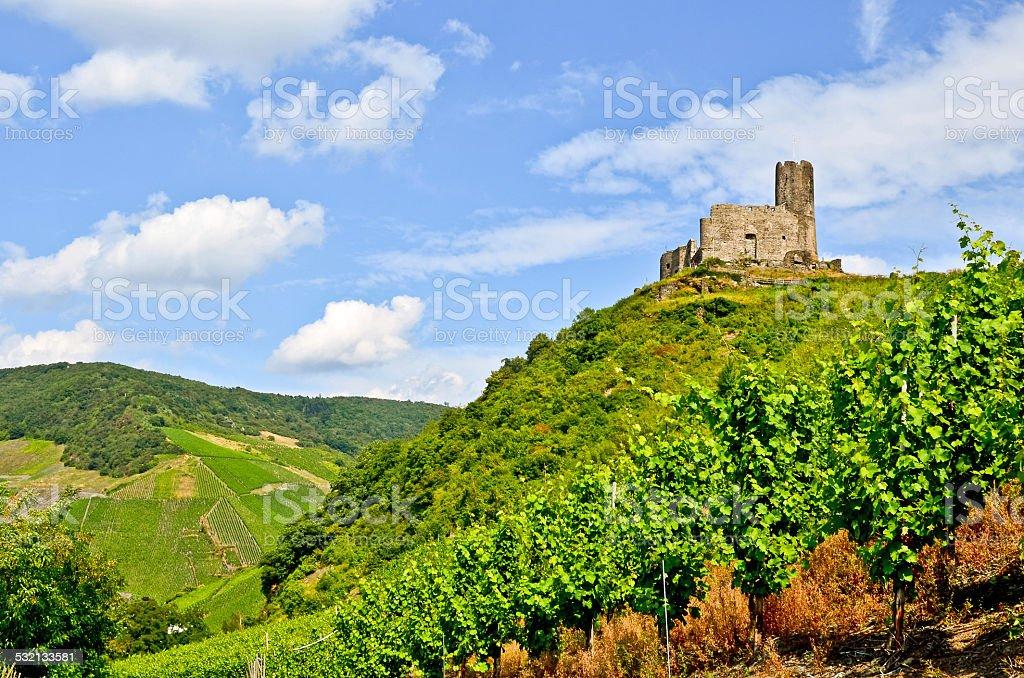 Moseltal Deutschland: Landshut Castle nahe Bernkastel Kues – Foto