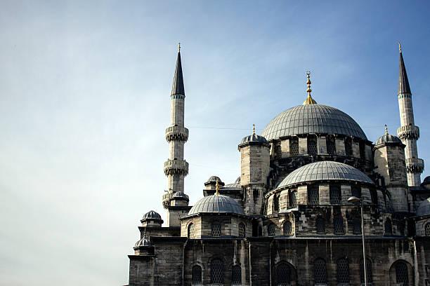 mosque in istanbul, turkey - byakkaya stok fotoğraflar ve resimler