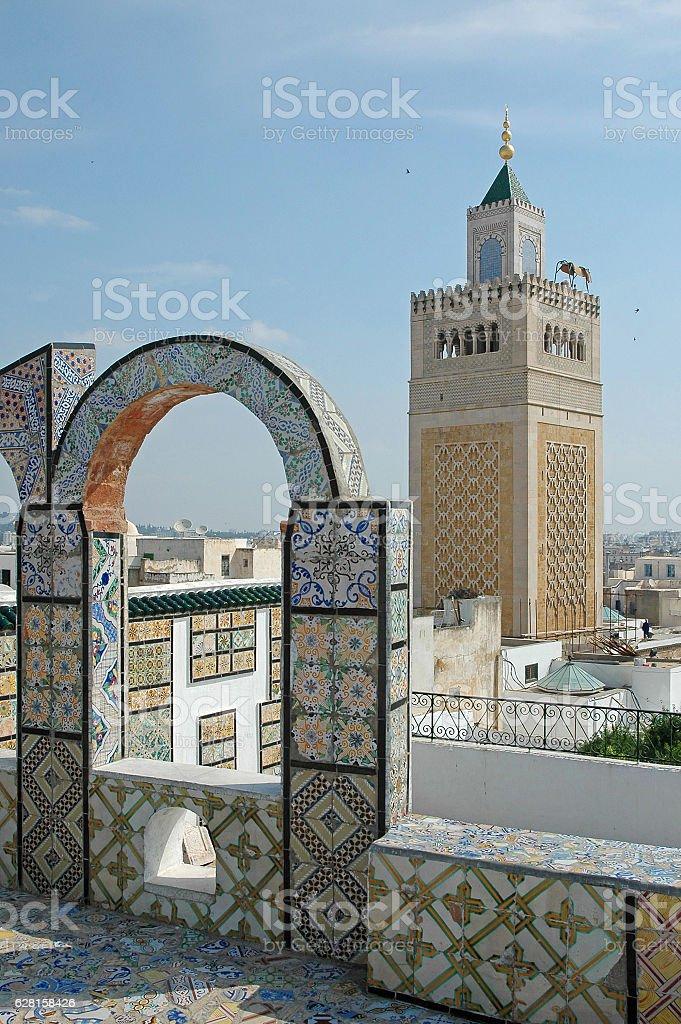 Mosque in the Medina - foto de stock