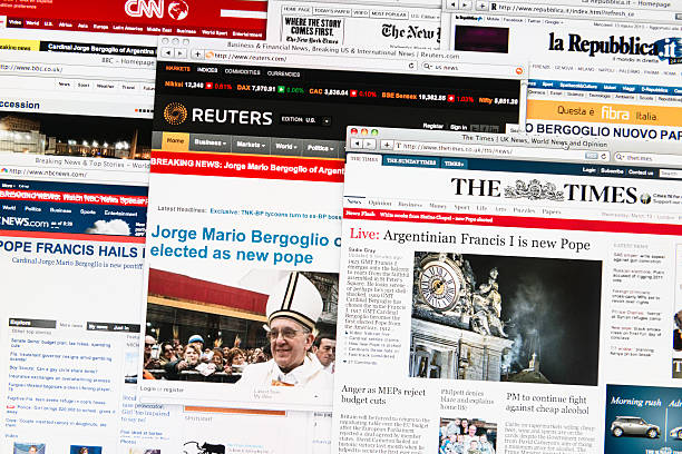most important newspapers headlines after the new pope election - pope francis stok fotoğraflar ve resimler