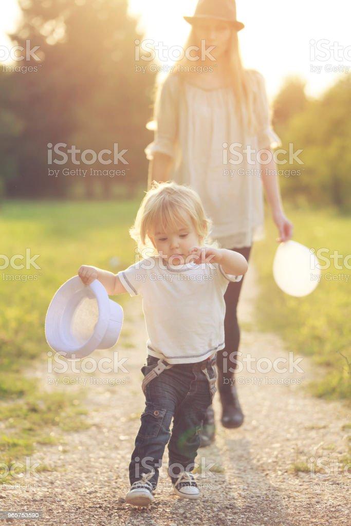 Moeder en kind - Royalty-free Alleenstaande moeder Stockfoto