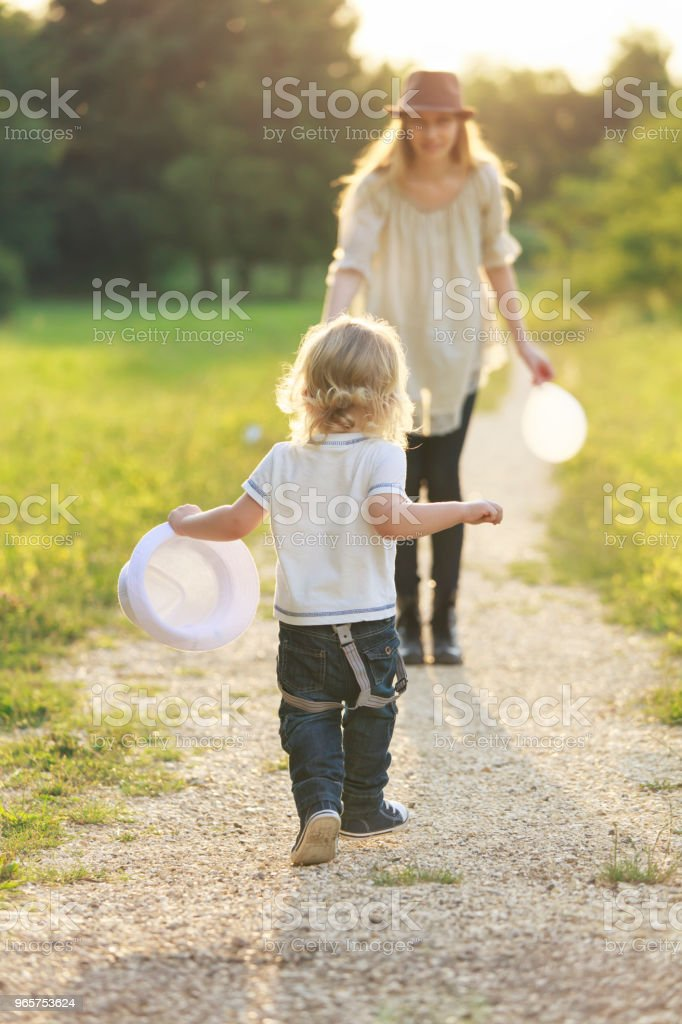 Mother and child - Royalty-free Adult Stock Photo