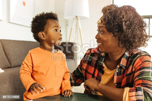 639403466istockphoto Mother and daughter at home 897524868