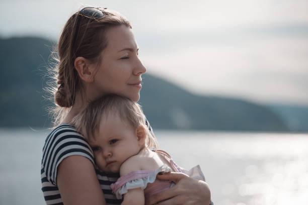 Mutter und Tochter. Entspannen und zu beruhigen. – Foto