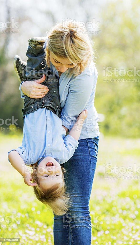 Madre e hijo. foto de stock libre de derechos