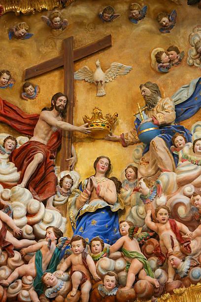 madre mary e il trinity santa - ferragosto foto e immagini stock
