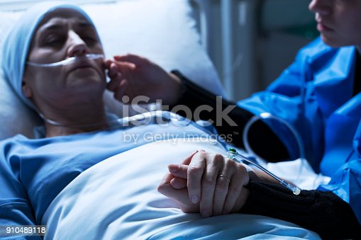 928968772 istock photo Mother supporting sick daughter 910489118