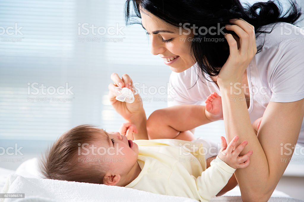 Mutter mit baby  Lizenzfreies stock-foto