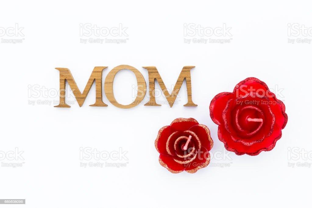 어머니의 날 개념에 붉은 촛불 장미 꽃 royalty-free 스톡 사진