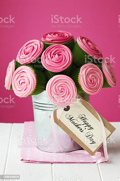 Mothers day cupcake bouquet picture id148659658?b=1&k=6&m=148659658&s=612x612&h=oiqgp5x3 y5ic5o6gmxn06yk207gxwc2z0n3n5n6qoe=
