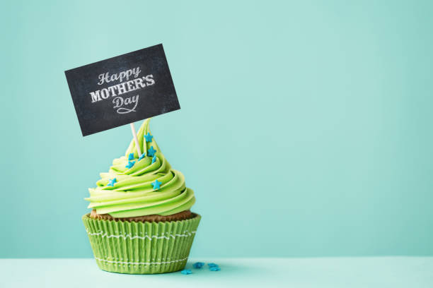 mother's day cupcake - happy mothers day type stock photos and pictures