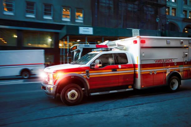 Bewegung verwüstte Ambulanz USA – Foto