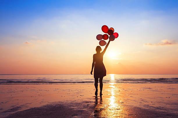 motivation or hope concept, follow your dream and inspiration - mulher balões imagens e fotografias de stock