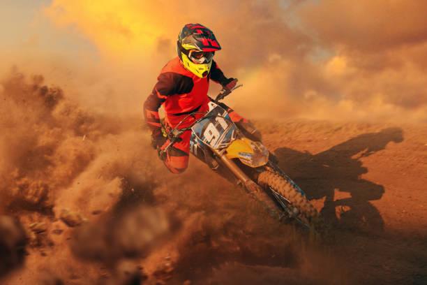motocross - экстремальные виды спорта стоковые фото и изображения
