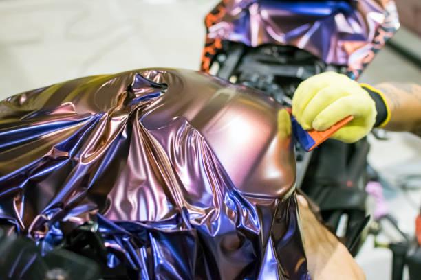 motorrad-wrap - kunststoff farbe stock-fotos und bilder
