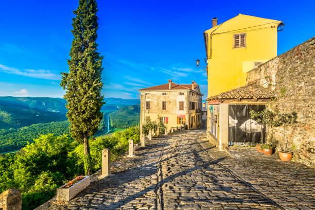 Motovun alten Stadt-Landschaft. – Foto