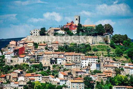 istock Motovun (Montona) Panorama, Istria, Croatia 1309533803