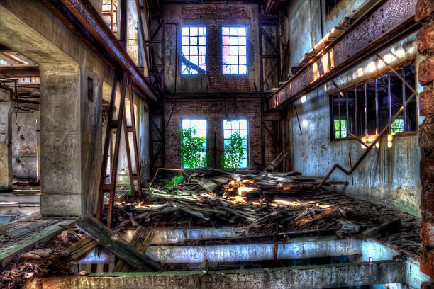 Moulin en ruine moulin détruit par le temps ruine stock pictures, royalty-free photos & images