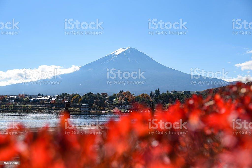 Monte Fuji no Lago Kawaguchi, Japão foto royalty-free