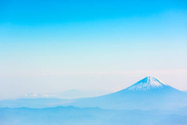 berg fuji  - schönste reiseziele der welt stock-fotos und bilder