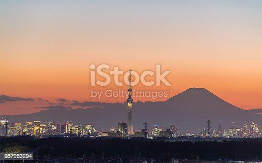 1131743616 istock photo Mount Fuji 957283294