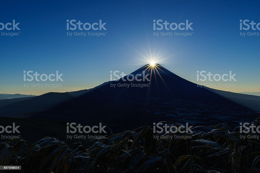 Mount Fuji with Sunrise on New Years Day 2017 ストックフォト