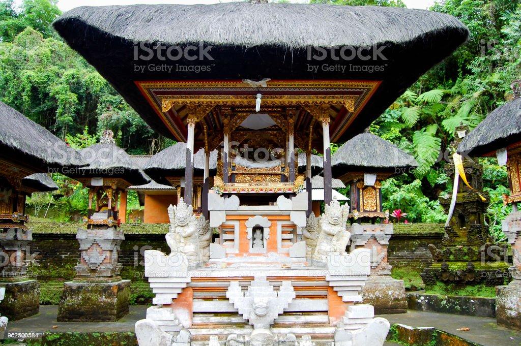 Gunung Kawi Templo - Foto de stock de Antigo royalty-free