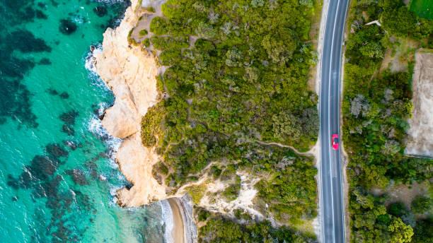 mount martha winding road - victoria australia foto e immagini stock