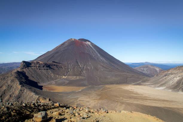 El Monte Ngauruhoe en Nueva Zelanda - foto de stock