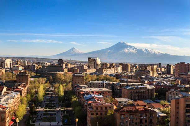 Mount Yerevan cityscape and Mount Ararat yerevan stock pictures, royalty-free photos & images