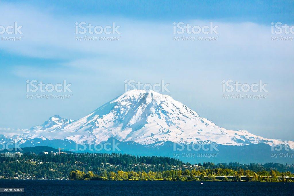 Mount Rainier und den See Washington – Foto