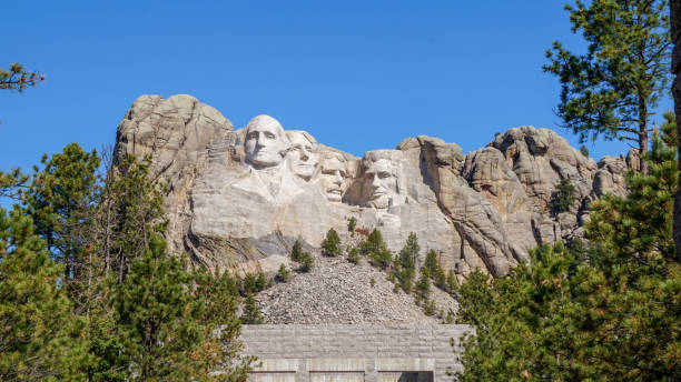 Mount Rushmore Rapid City South Dakota Beautiful landscape pictures of Mount Rushmore in Rapid City, South Dakota mount rushmore stock pictures, royalty-free photos & images