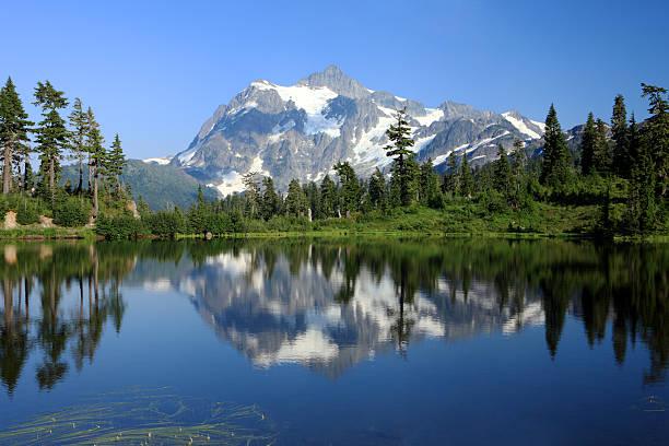 Monte Shuksan, estado de Washington - foto de acervo