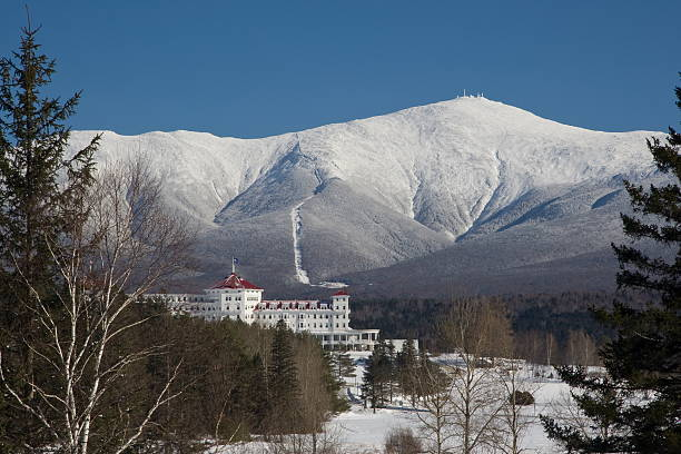 Mount Washington in Winter  white mountains new hampshire stock pictures, royalty-free photos & images