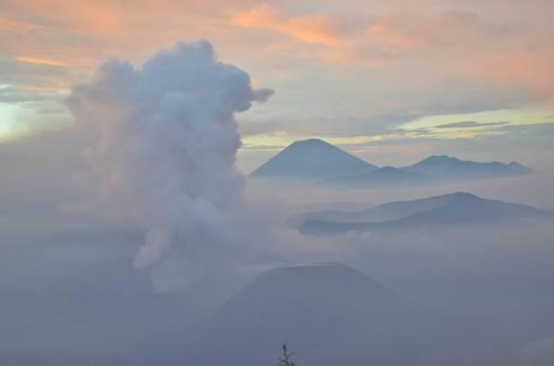 Mountain Bromo - foto de acervo