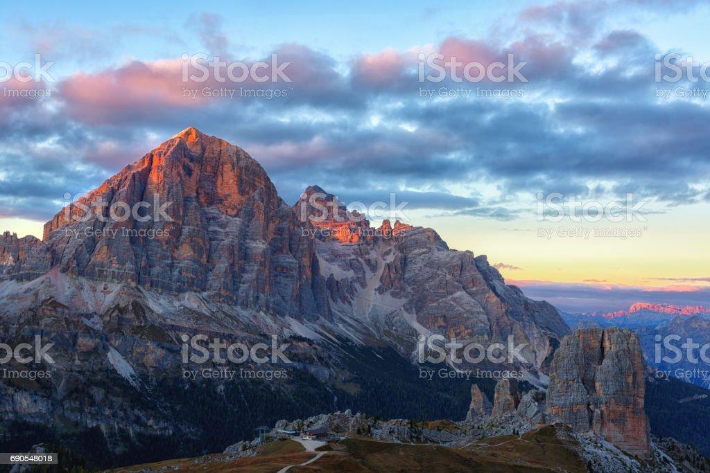 Mountain Cinque Torri (The Five Pillars) - foto stock